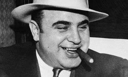 La condanna di Al Capone – Muore il Poeta del pianoforte – La fine dell'Autunno Tedesco