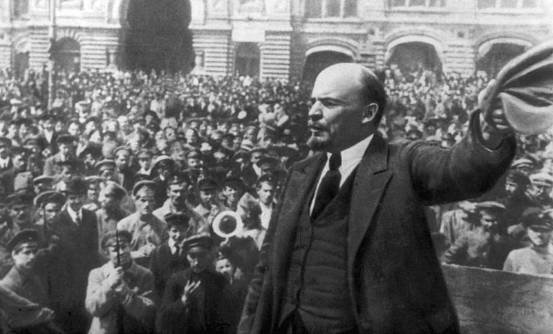 Attentato a Lenin – La Linea Rossa tra USA e URSS – Lo scandaloso delitto Casali Stampa