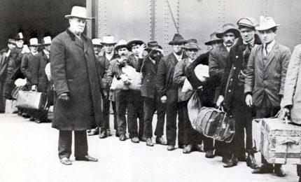 La più grave sciagura dell'emigrazione italiana – La prima registrazione sonora – Nasce lo Stato Libero d'Irlanda