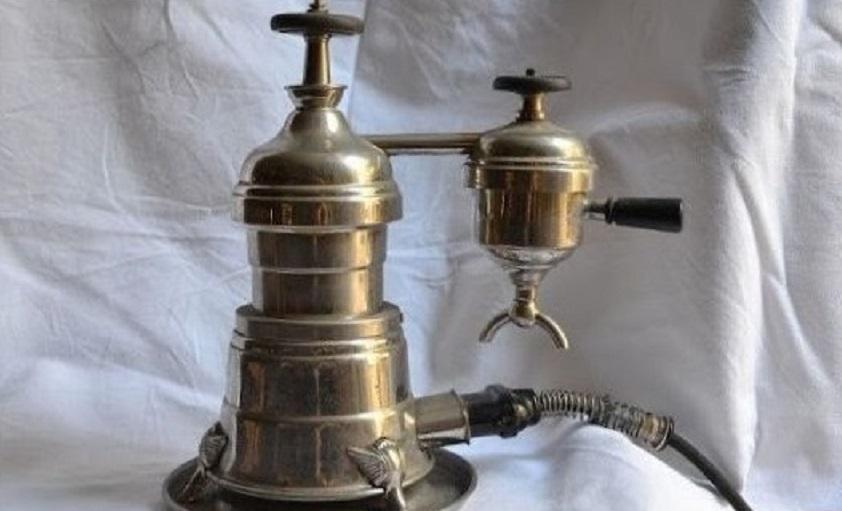 Nasce la macchina da caffè espresso – Inaugurato il Teatro Massimo – I primi Premi Oscar