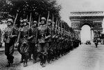 I nazisti occupano Parigi
