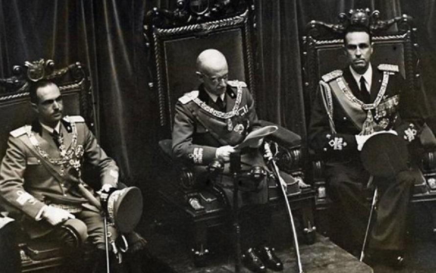 Inizia l'esilio dei Savoia – Le bombe volanti su Londra – Graziato l'attentatore del Papa