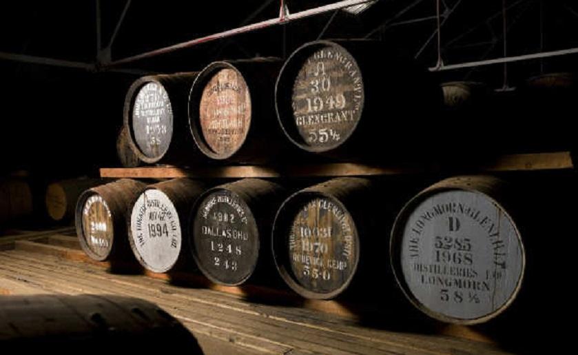 Il primo Scotch Whisky – Lo schiaffo a Sergio Leone – Il tramonto della Costituzione europea