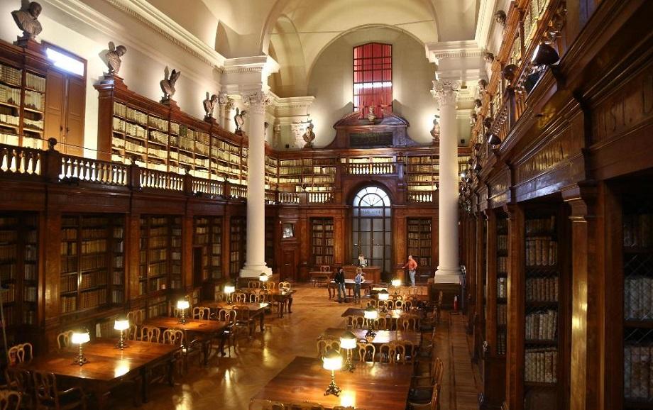 Bologna, Alma Mater Studiorum – Le Leggi Razziali di Mussolini – L'incerta scelta della Scozia