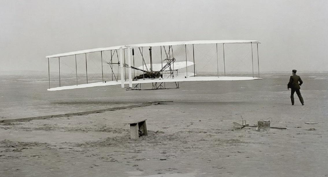 Il volo dei fratelli Wright – Scoperta la fissione nucleare – L'attacco a Fiumicino di Settembre Nero