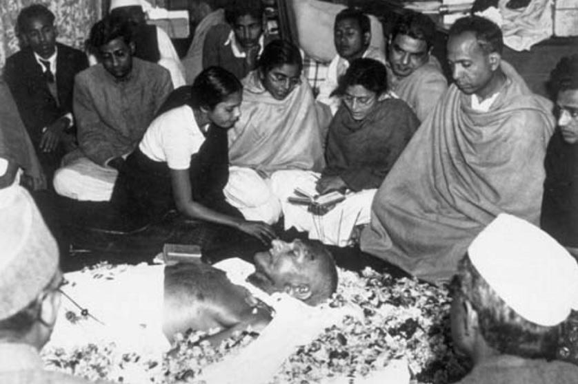 L'assassinio del Mahatma Gandhi – L'inizio del Terzo Reich – La Bloody Sunday irlandese