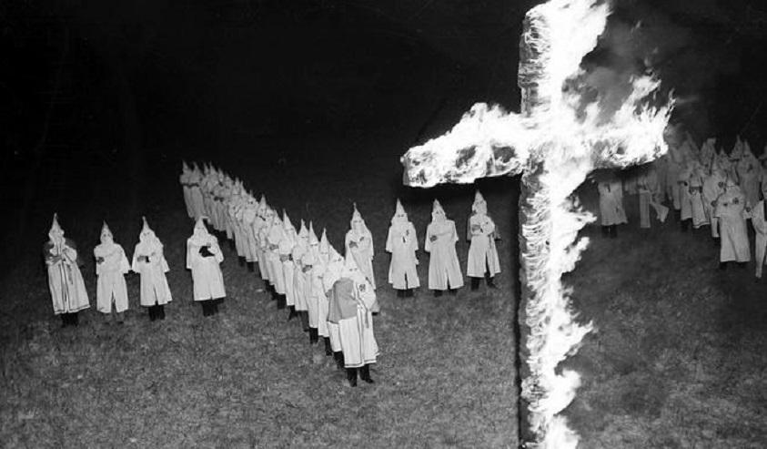 Gli atroci delitti del Ku-Klux-Klan – L'invenzione del mouse – L'attentato dell'Addaura
