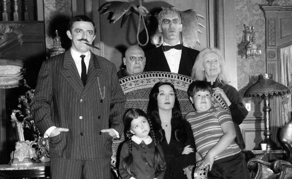 La prima puntata della Famiglia Addams – La Battaglia di Castelfidardo – L'incerta scelta della Scozia