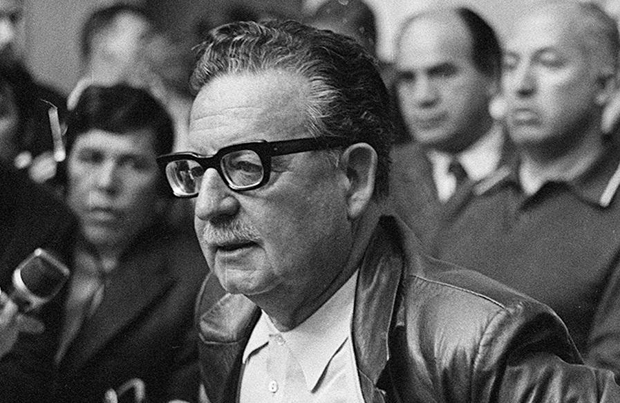 """La socialdemocrazia di Salvador Allende – L'inizio del Medioevo – La prima puntata di """"Spazio 1999"""""""