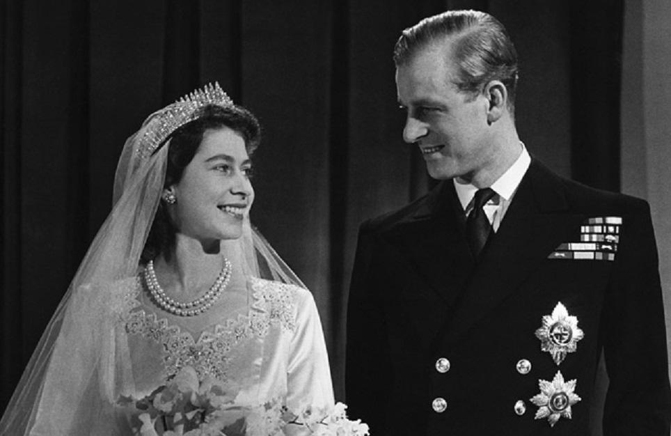 Le nozze di Elisabetta e Filippo – La Giornata per i diritti dell'Infanzia – L'arresto di Michael Jackson