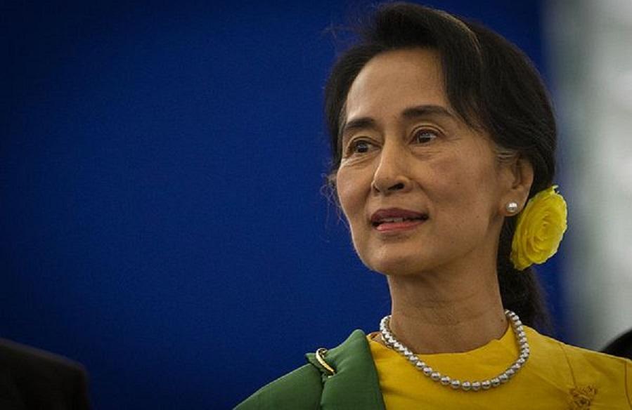La lunga persecuzione di Aung San Suu Kyi