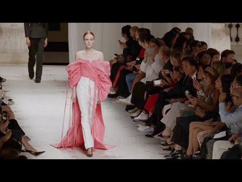 Givenchy   Haute Couture Fall Winter 2019/2020   Full Show