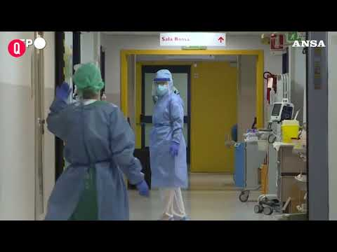 Allarme medici: 400mila dosi a amministrativi Ssn