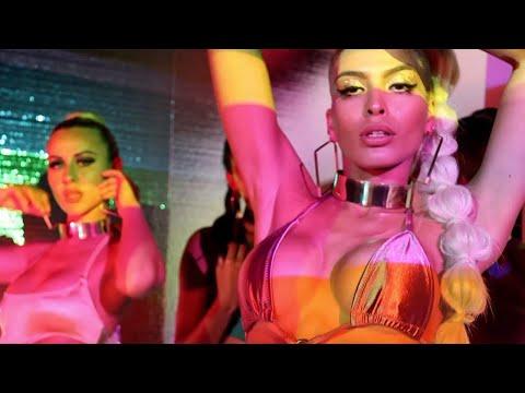 Lila Nikole | Virtual Fashion Week 2021