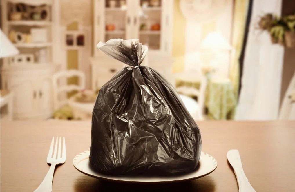 Il 17% di tutto il cibo disponibile finisce sprecato
