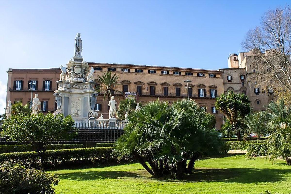 Il primo parlamento moderno, quello del regno di Sicilia.