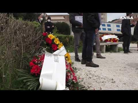 Imprese funebri in piazza a Roma: 1500 salme nei depositi di Prima Porta e Verano