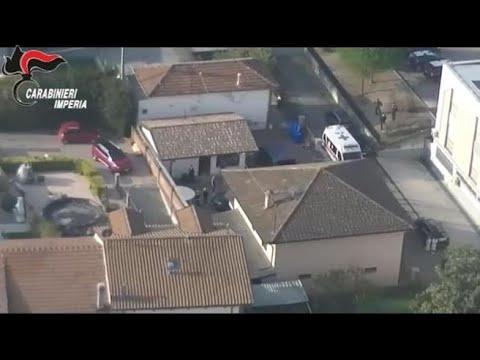 Usura e riciclaggio, carabinieri sequestrano ville e denaro