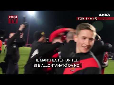I tifosi del Fc United of Manchester contro il calcio moderno e la Superlega