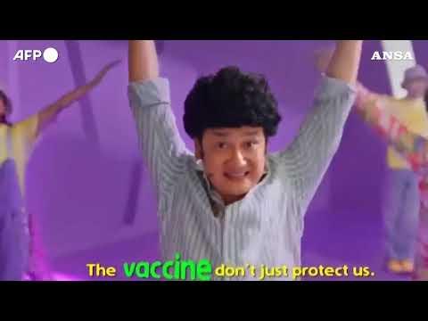 Covid, il governo di Singapore lancia un video musicale per invogliare a vaccinarsi