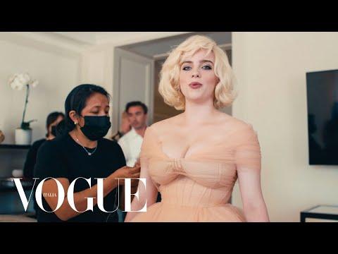Il look da Old Hollywood di Billie Eilish al Met Gala | Vogue Italia