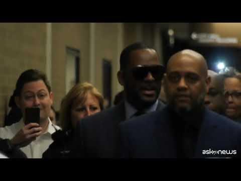 Il cantante R.Kelly condannato per abusi sessuali su donne
