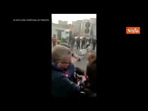 No green pass, due poliziotti portano la focaccia ai manifestanti al porto di Genova